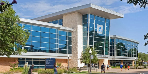 University of Texas Arlington best dnp classes
